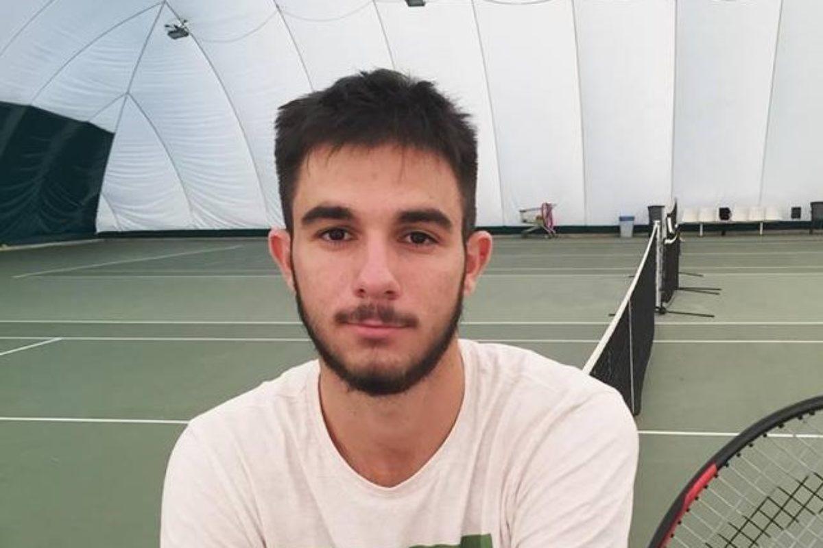 Ο Αλέξανδρος στην 8αδα του Slovak Junior Indoor U18